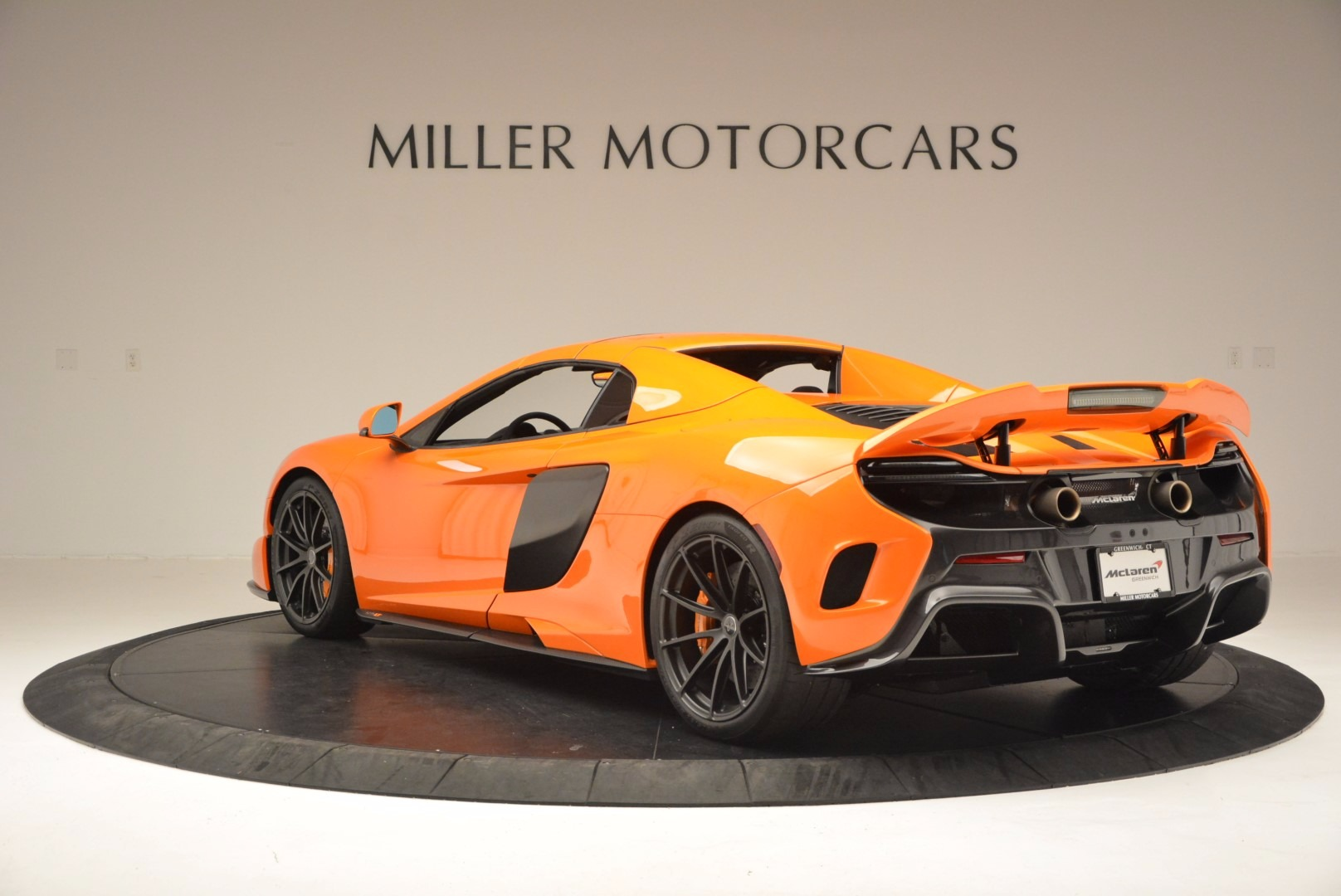 Used 2016 McLaren 675LT Spider Convertible For Sale 285900 In Greenwich, CT
