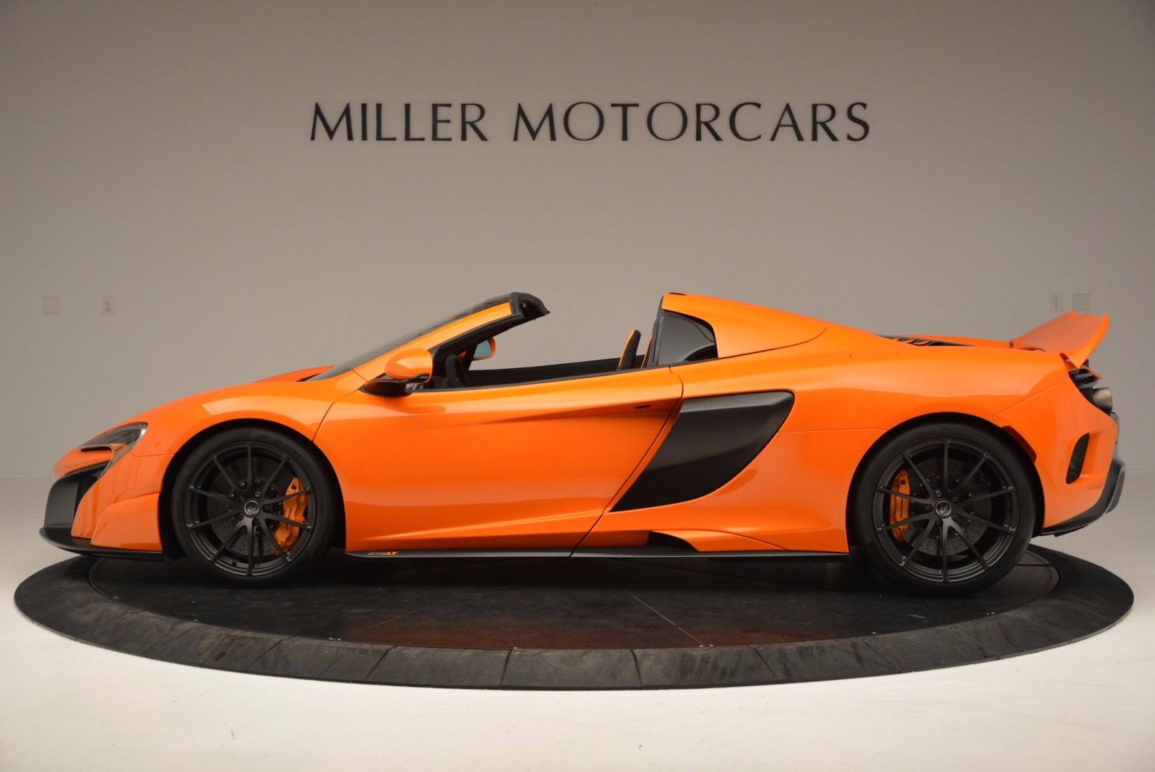 Used 2016 McLaren 675LT Spider Convertible For Sale 0 In Greenwich, CT