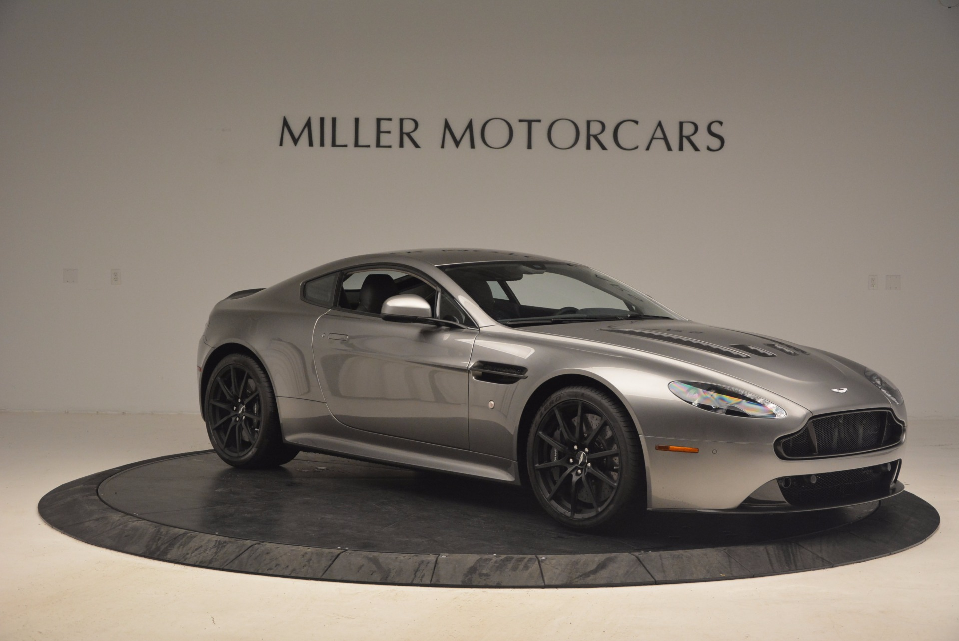 Used 2017 Aston Martin V12 Vantage S  For Sale 159900 In Greenwich, CT
