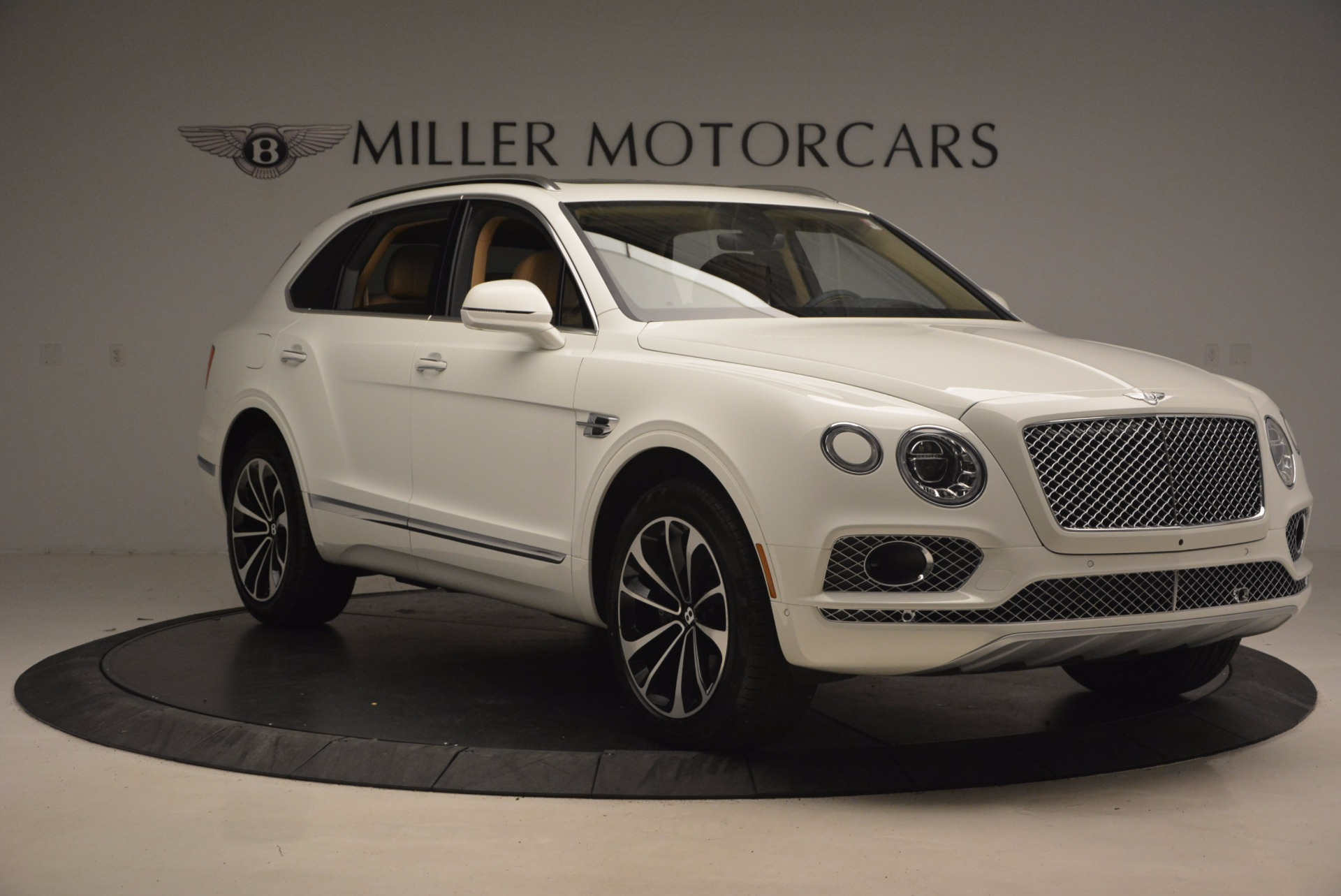 New 2018 Bentley Bentayga W12 Signature For Sale 0 In Greenwich, CT