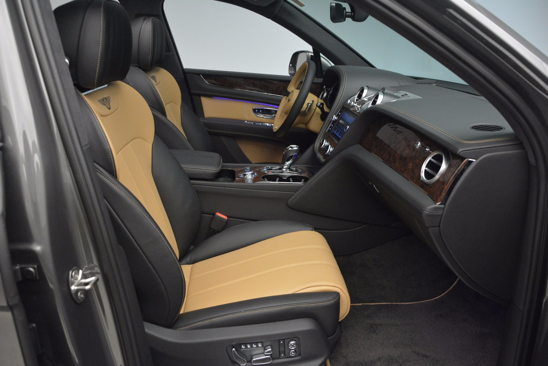 New 2018 Bentley Bentayga Activity Edition-Now with seating for 7!!! For Sale 0 In Greenwich, CT