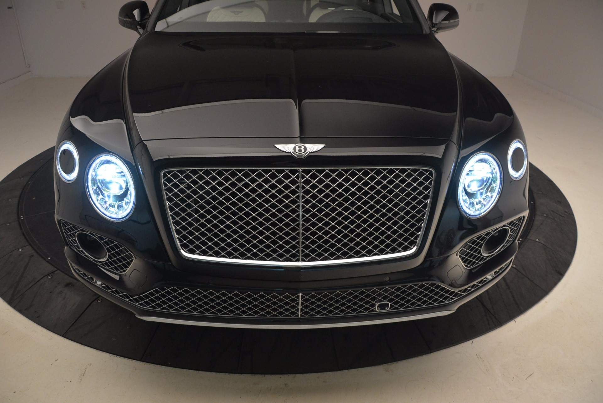 New 2018 Bentley Bentayga Signature For Sale 0 In Greenwich, CT