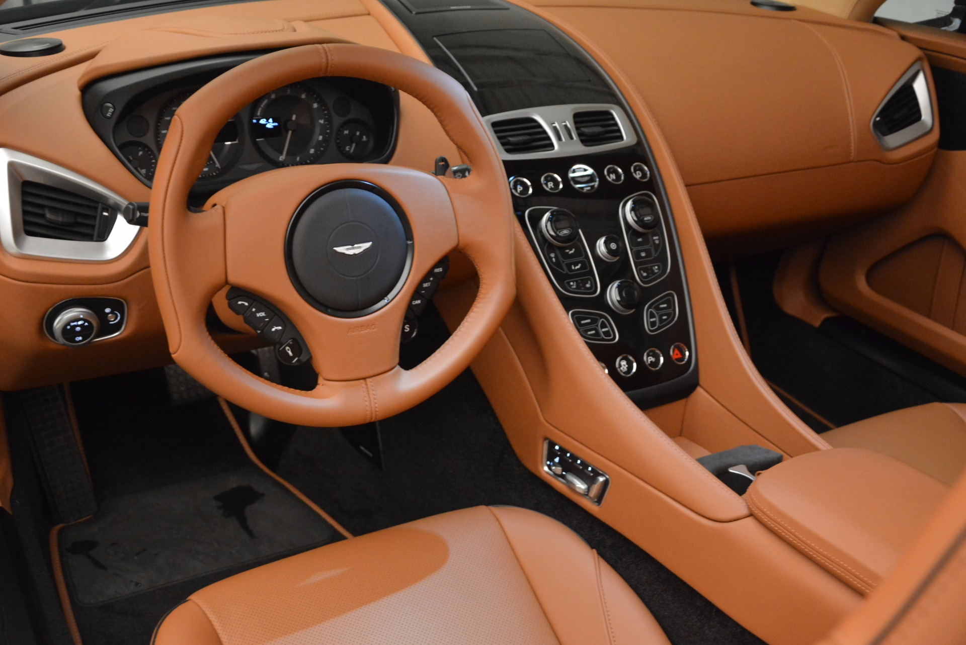 New 2018 Aston Martin Vanquish S Volante For Sale 0 In Greenwich, CT