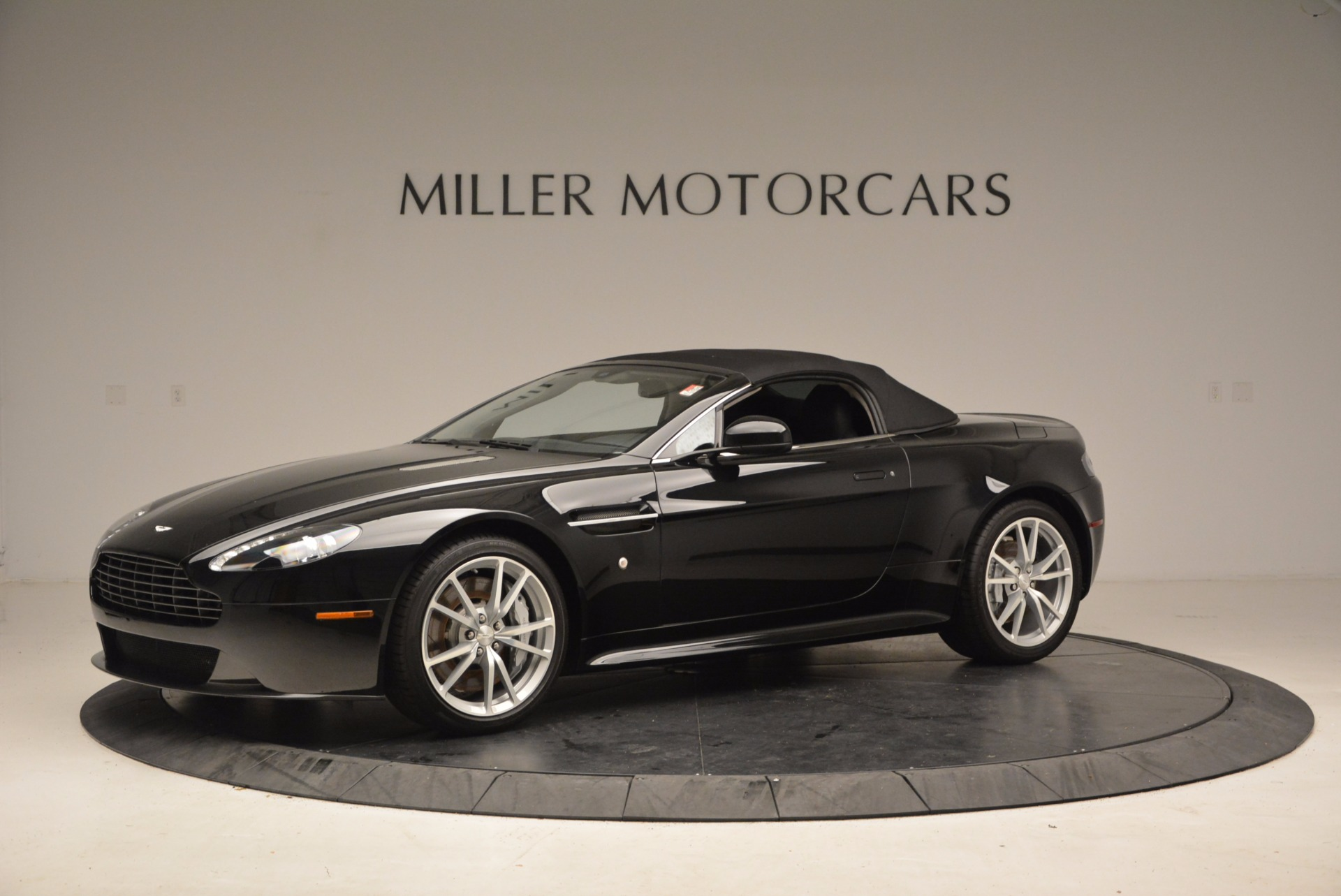 New 2016 Aston Martin V8 Vantage Roadster For Sale 0 In Greenwich, CT