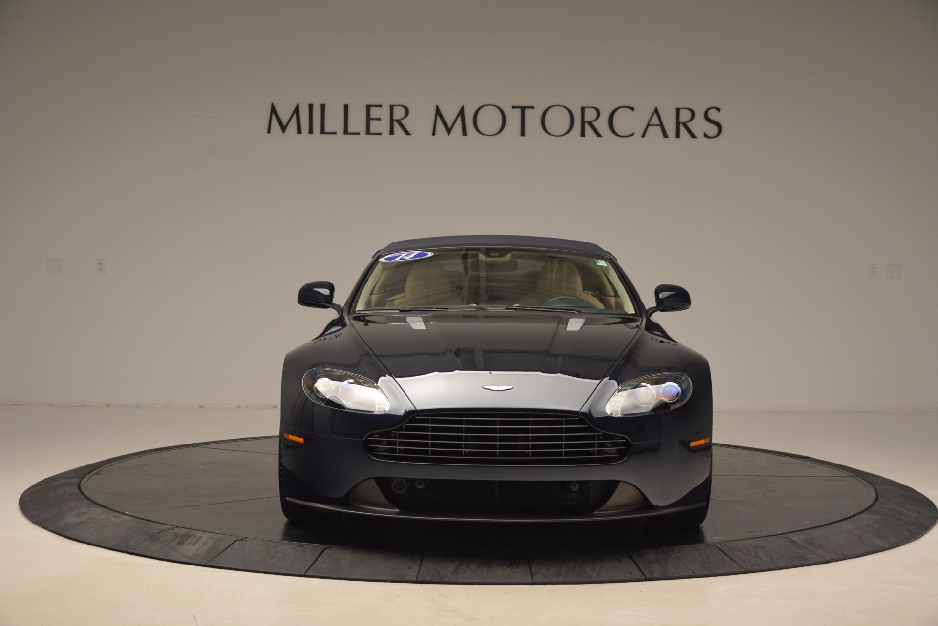 Used 2014 Aston Martin V8 Vantage Roadster For Sale 0 In Greenwich, CT