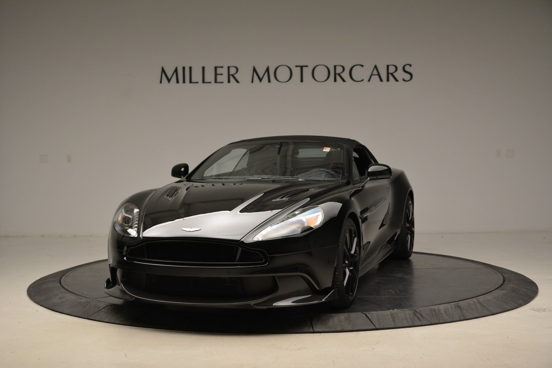Used 2018 Aston Martin Vanquish S Convertible For Sale 0 In Greenwich, CT