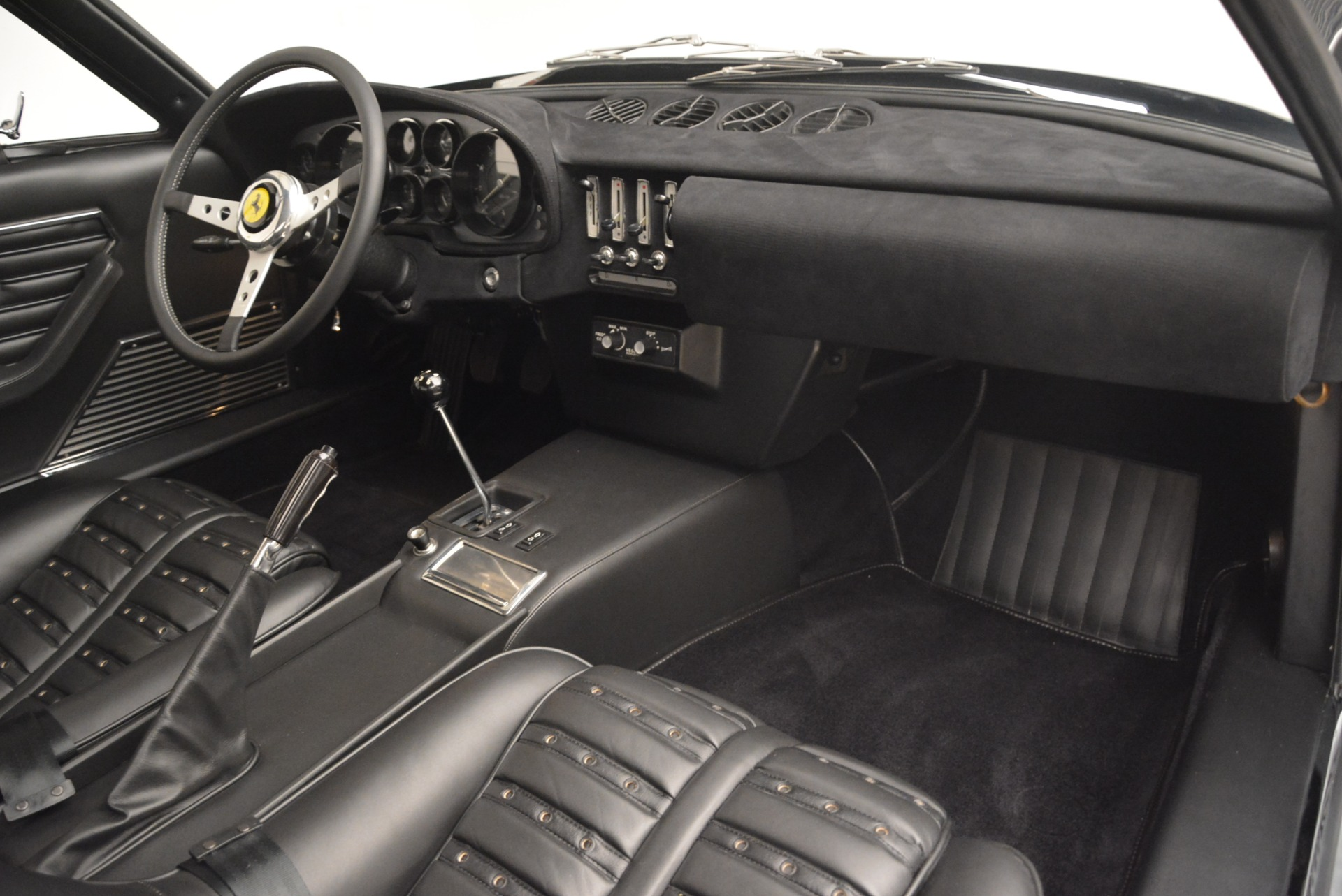 Used 1971 Ferrari 365 GTB/4 Daytona For Sale 0 In Greenwich, CT