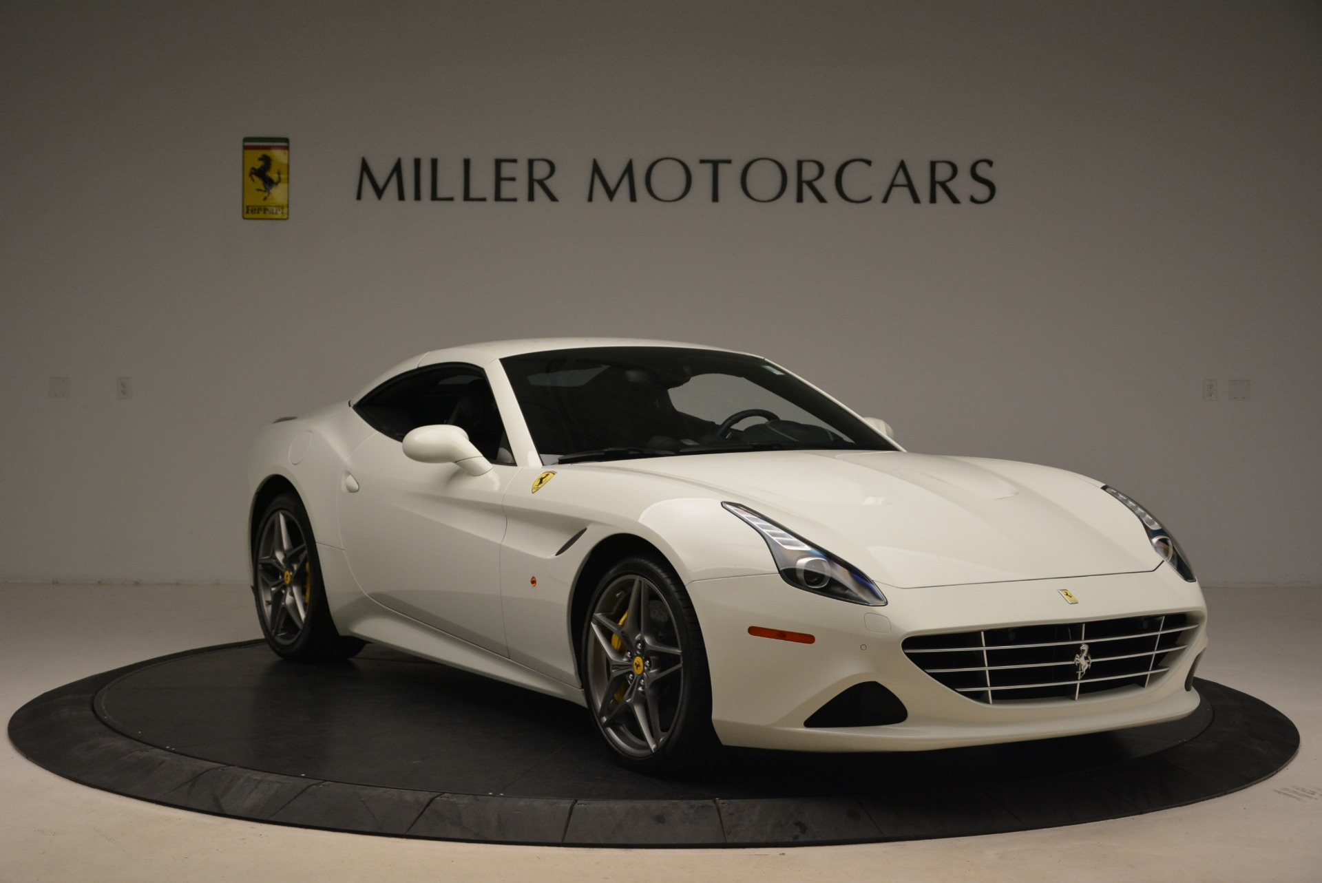 Used 2015 Ferrari California T  For Sale 149900 In Greenwich, CT