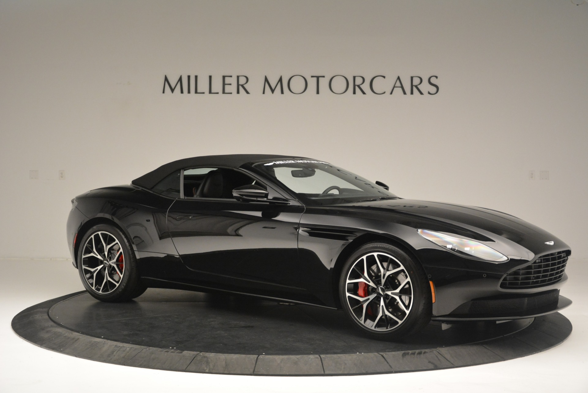 New 2019 Aston Martin DB11 V8 Convertible For Sale 253464 In Greenwich, CT