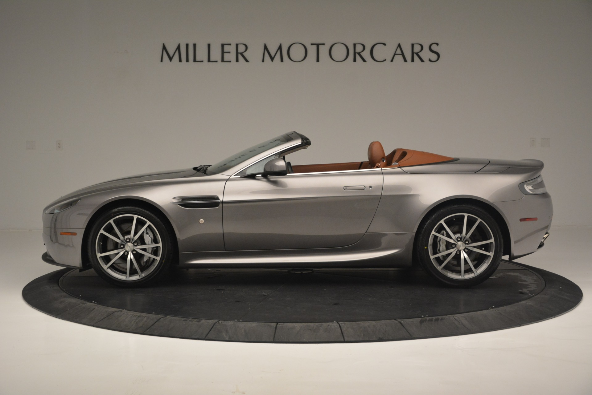 Used 2015 Aston Martin V8 Vantage Roadster For Sale 0 In Greenwich, CT