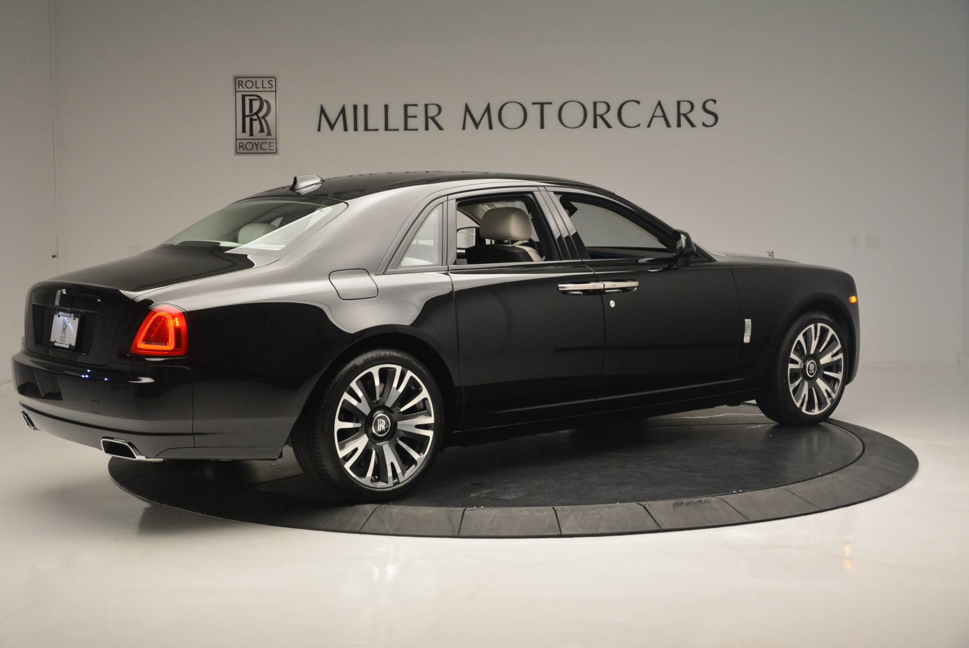Used 2019 Rolls-Royce Ghost  For Sale 368225 In Greenwich, CT