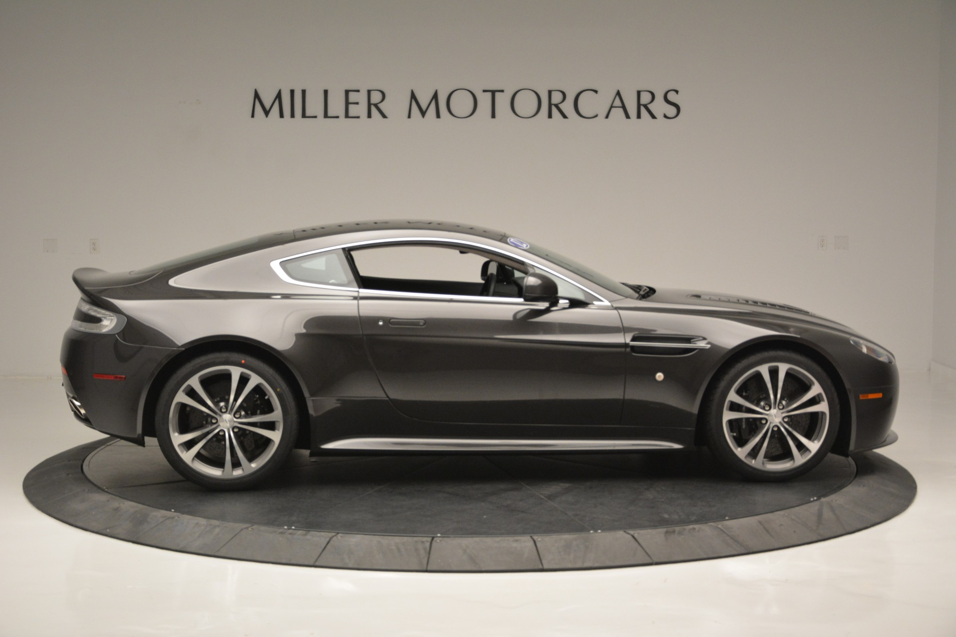 Used 2012 Aston Martin V12 Vantage Coupe For Sale 126900 In Greenwich, CT