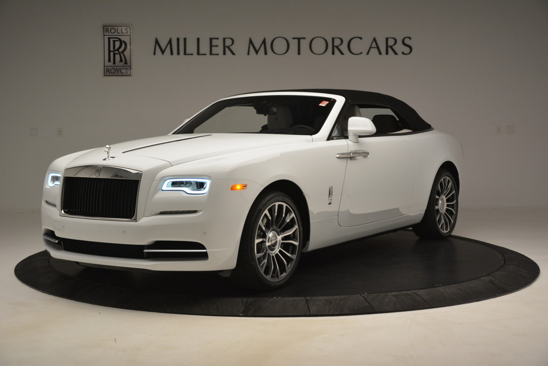 New 2019 Rolls-Royce Dawn  For Sale 402050 In Greenwich, CT