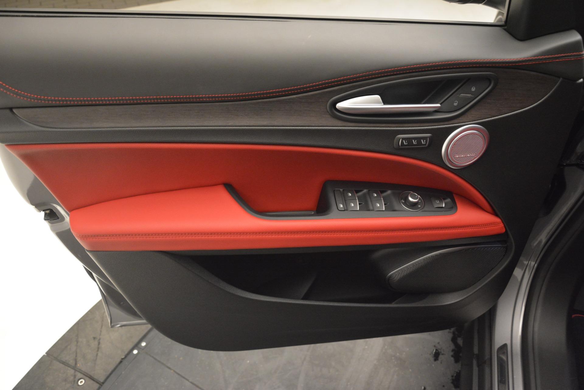 New 2019 Alfa Romeo Stelvio Ti Lusso Q4 For Sale 56040 In Greenwich, CT
