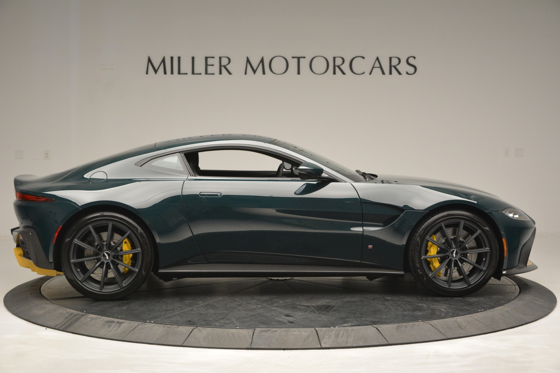 New 2019 Aston Martin Vantage Coupe For Sale 213824 In Greenwich, CT
