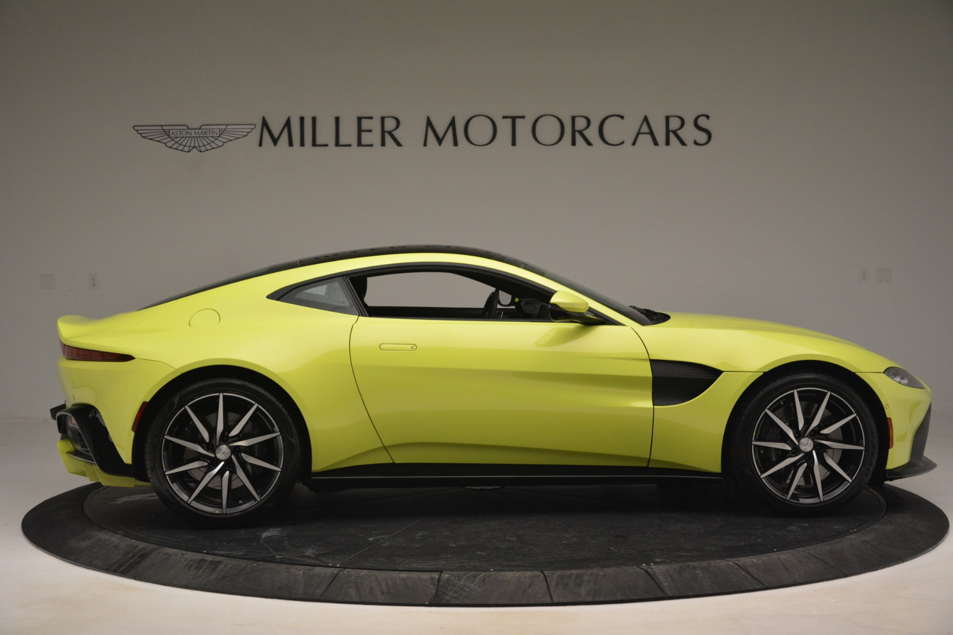 Used 2019 Aston Martin Vantage  For Sale 162900 In Greenwich, CT