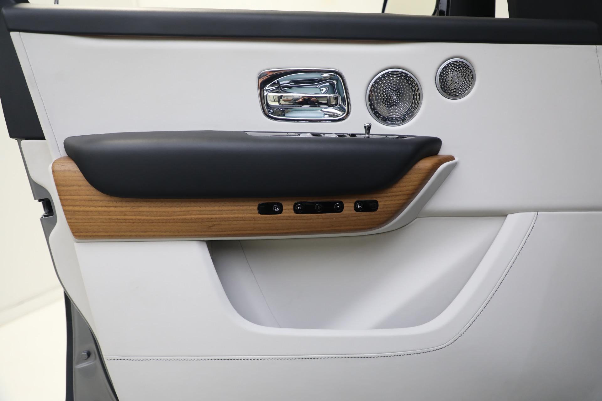 Used 2019 Rolls-Royce Cullinan  For Sale 366075 In Greenwich, CT