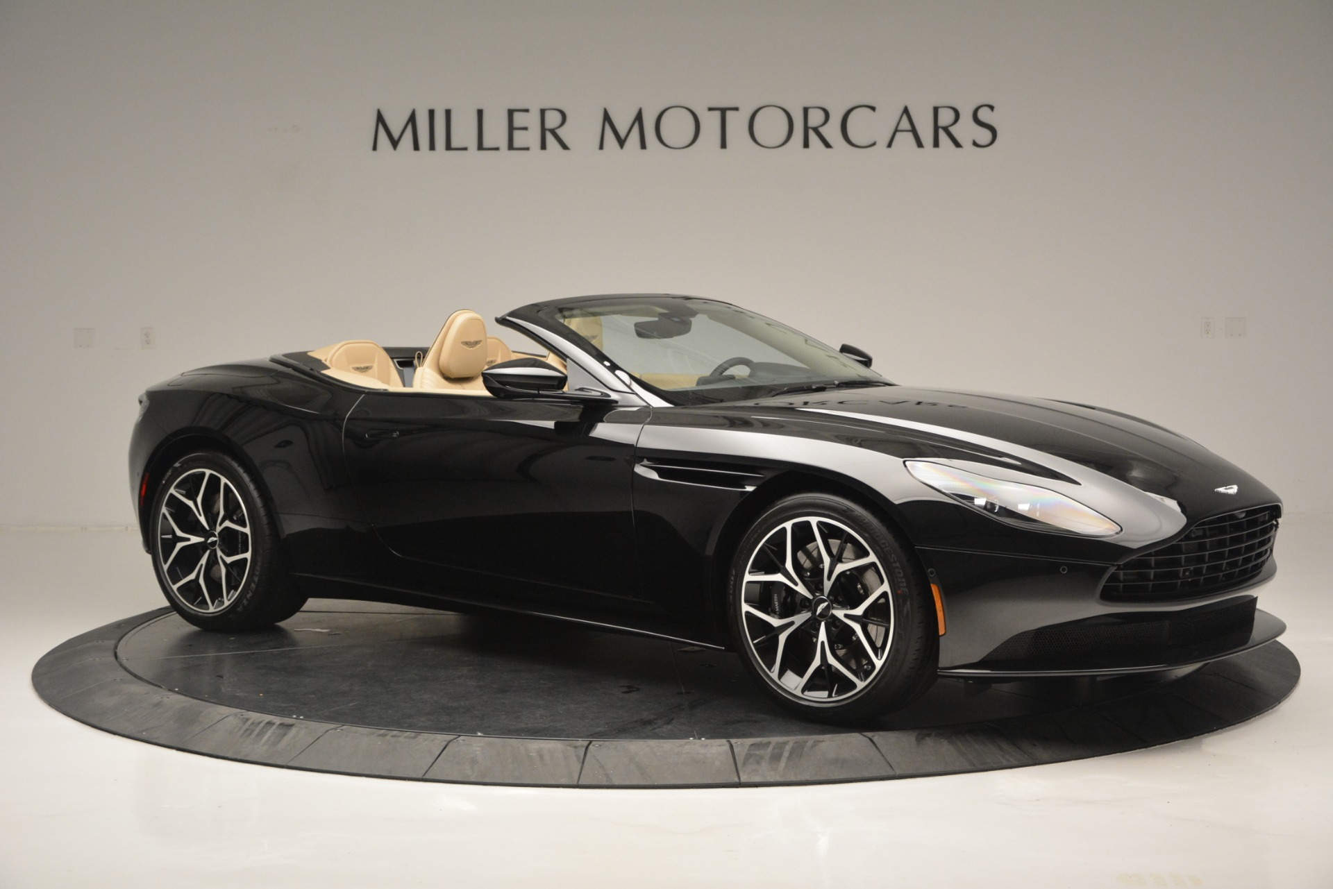 New 2019 Aston Martin DB11 V8 Convertible For Sale 0 In Greenwich, CT