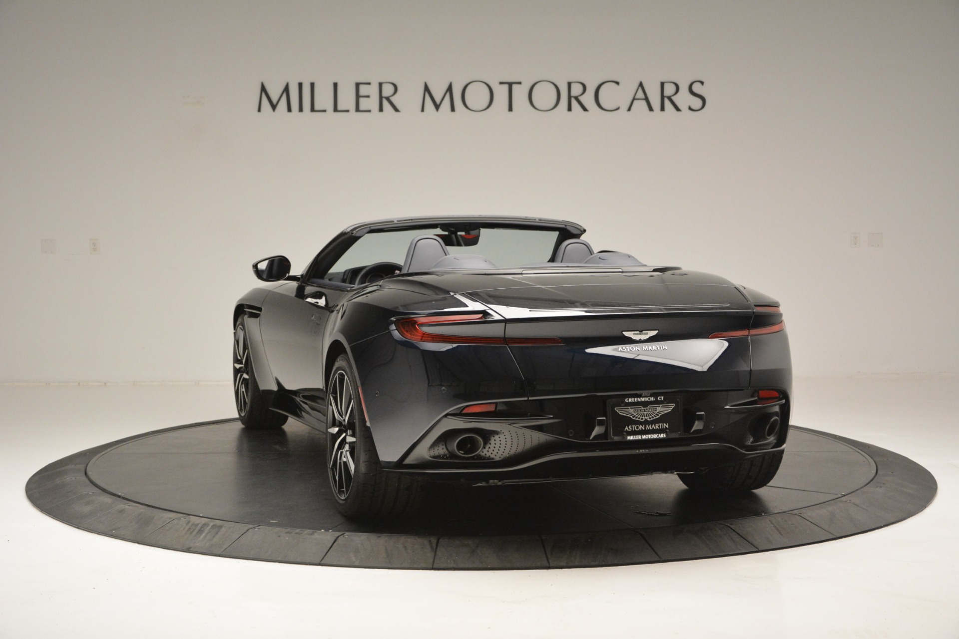 New 2019 Aston Martin DB11 V8 Convertible For Sale 263391 In Greenwich, CT