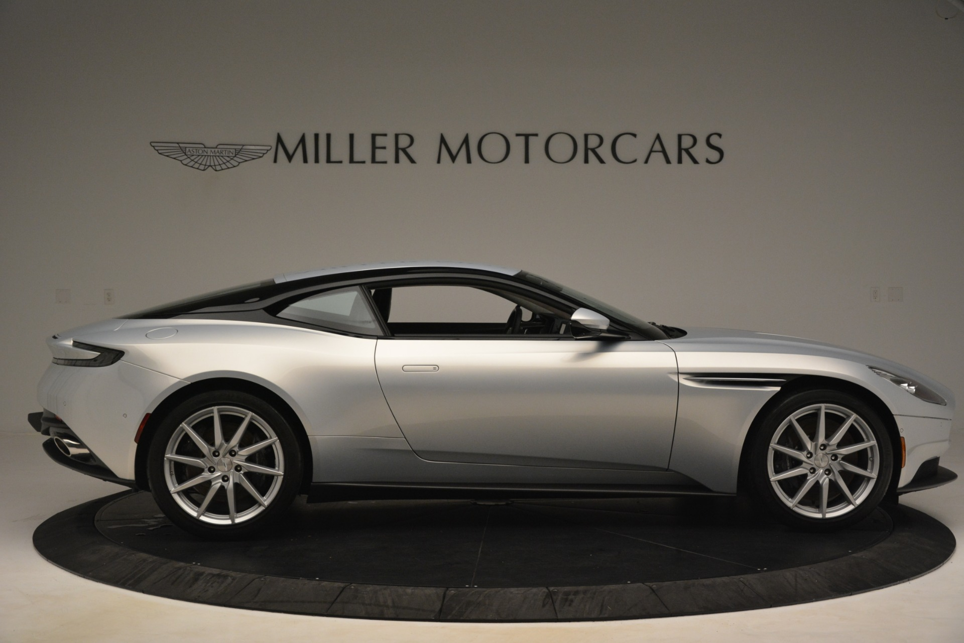 Used 2018 Aston Martin DB11 V12 Coupe For Sale 169900 In Greenwich, CT