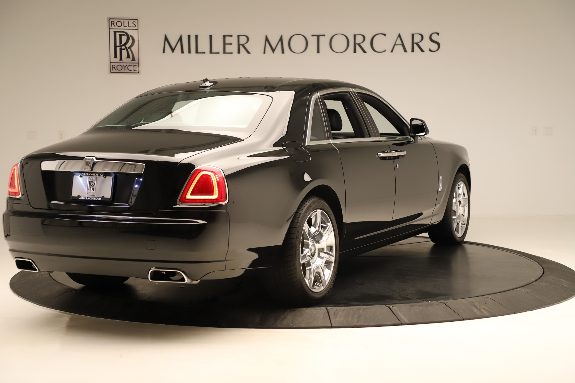 Used 2016 Rolls-Royce Ghost  For Sale 332225 In Greenwich, CT