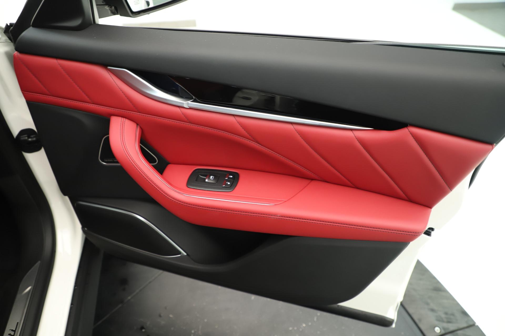 New 2019 Maserati Levante Q4 GranSport Nerissimo For Sale 87845 In Greenwich, CT
