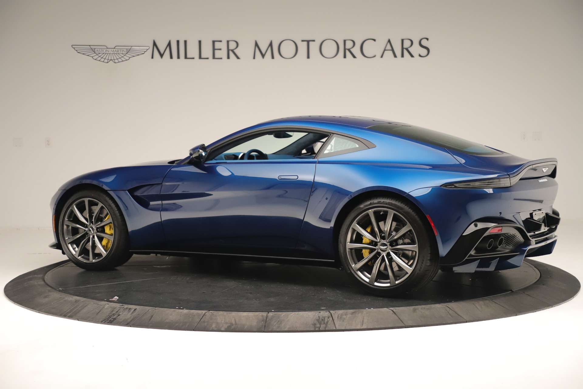 New 2020 Aston Martin Vantage Coupe For Sale 195147 In Greenwich, CT