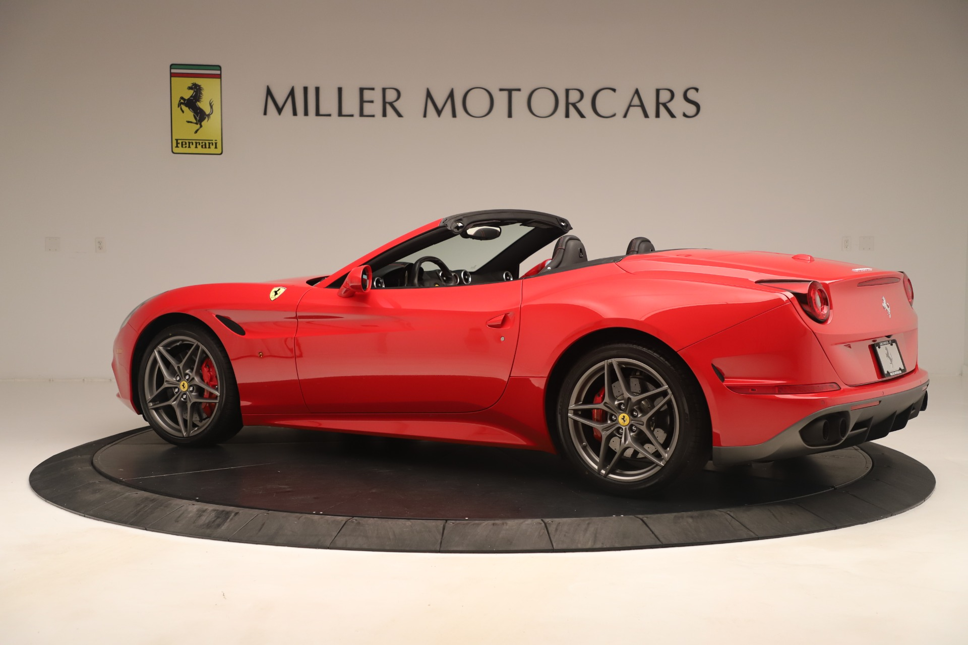 Used 2016 Ferrari California T  For Sale 144900 In Greenwich, CT