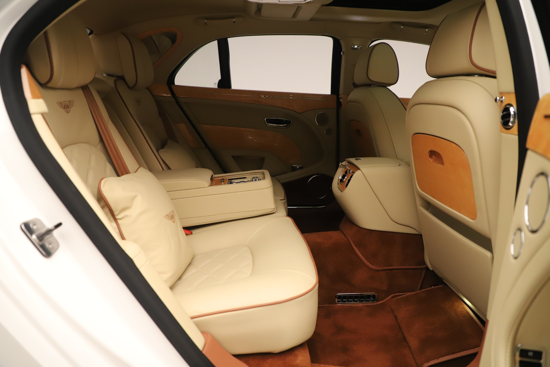 Used 2016 Bentley Mulsanne  For Sale 370975 In Greenwich, CT
