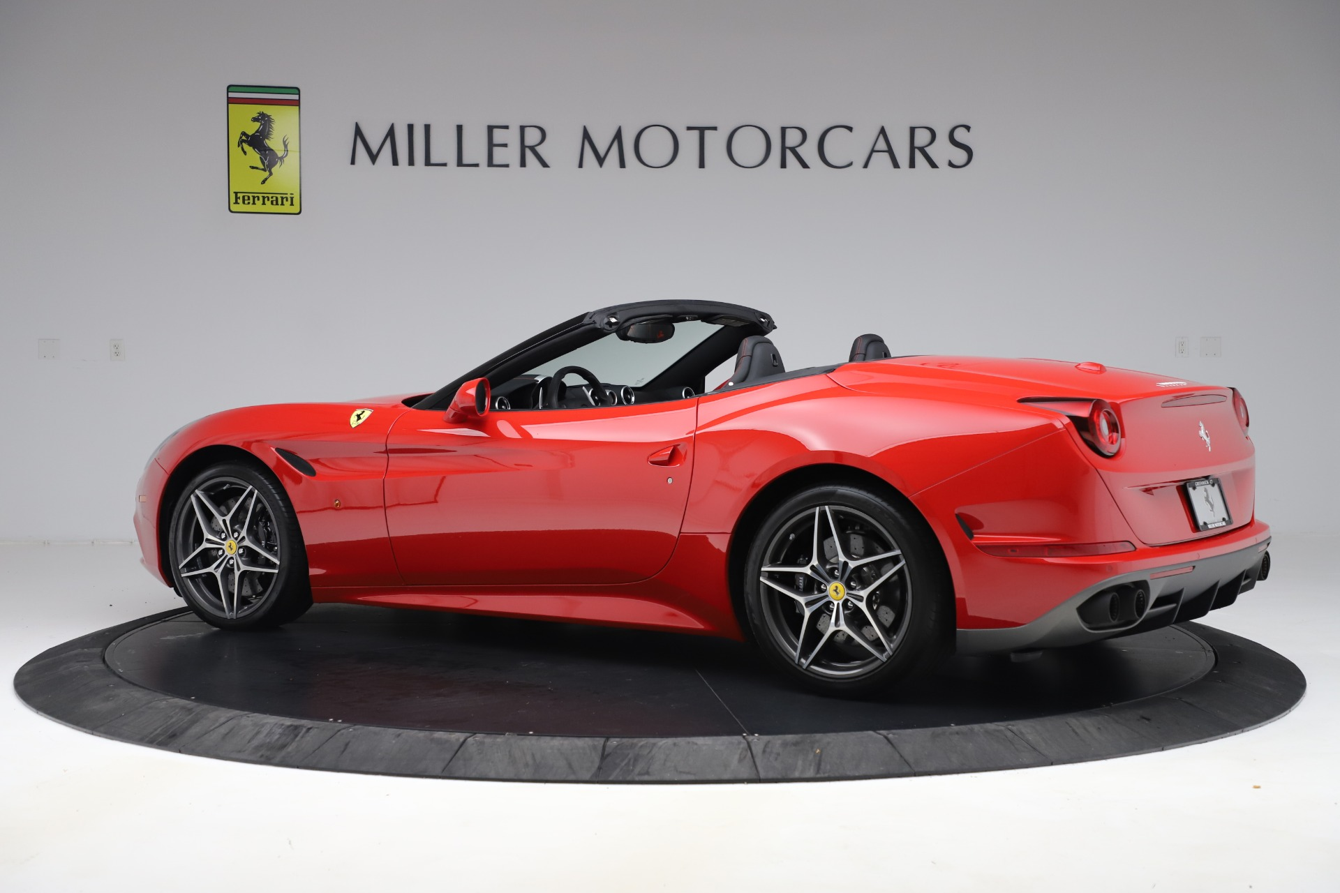 Used 2017 Ferrari California T  For Sale 169900 In Greenwich, CT