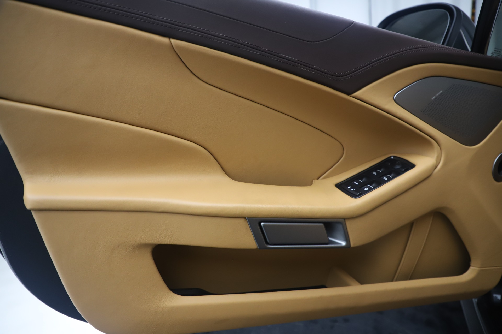 Used 2016 Aston Martin Vanquish Volante For Sale 161900 In Greenwich, CT