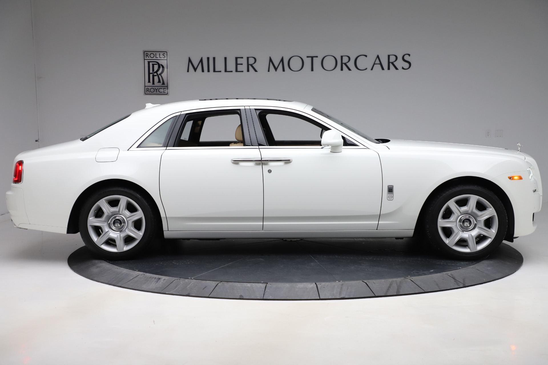 Used 2015 Rolls-Royce Ghost  For Sale 169900 In Greenwich, CT