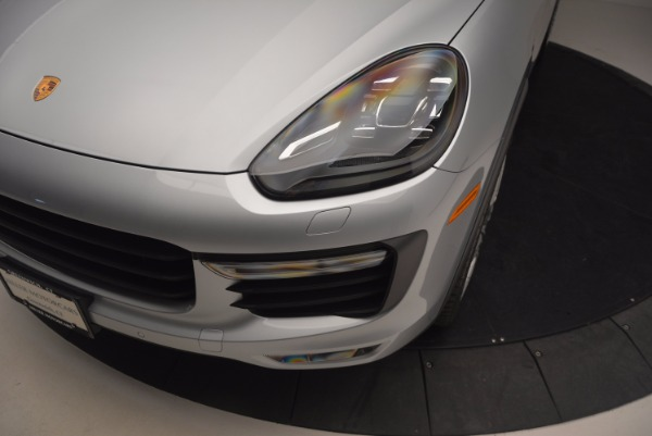 Used 2016 Porsche Cayenne Turbo for sale Sold at Aston Martin of Greenwich in Greenwich CT 06830 14