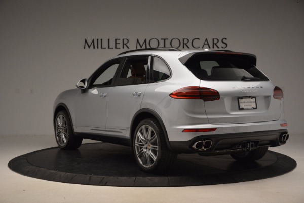 Used 2016 Porsche Cayenne Turbo for sale Sold at Aston Martin of Greenwich in Greenwich CT 06830 5