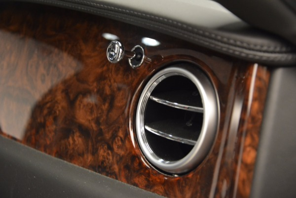 Used 2014 Bentley Flying Spur for sale Sold at Aston Martin of Greenwich in Greenwich CT 06830 10