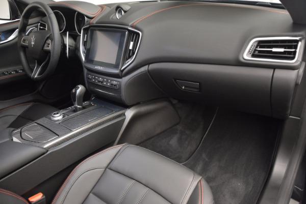 Used 2017 Maserati Ghibli S Q4 for sale $44,900 at Aston Martin of Greenwich in Greenwich CT 06830 19