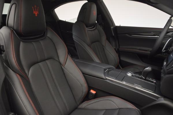 Used 2017 Maserati Ghibli S Q4 for sale $44,900 at Aston Martin of Greenwich in Greenwich CT 06830 21