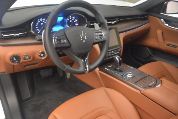 Used 2017 Maserati Quattroporte SQ4 for sale $53,900 at Aston Martin of Greenwich in Greenwich CT 06830 13