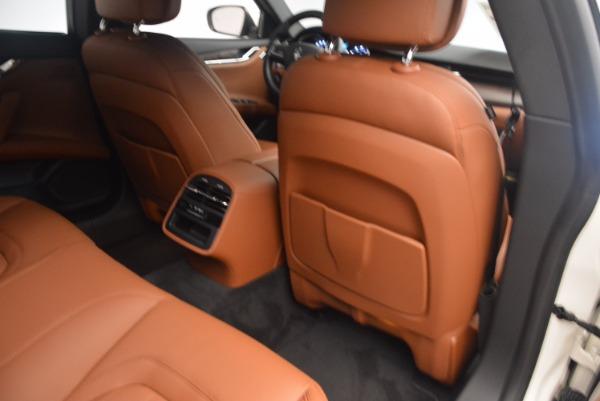Used 2017 Maserati Quattroporte SQ4 for sale $53,900 at Aston Martin of Greenwich in Greenwich CT 06830 19