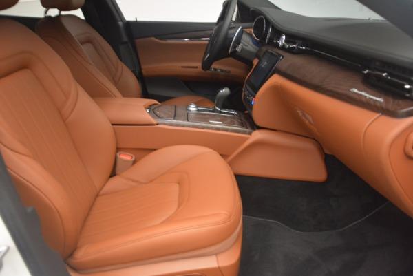 Used 2017 Maserati Quattroporte SQ4 for sale $53,900 at Aston Martin of Greenwich in Greenwich CT 06830 23