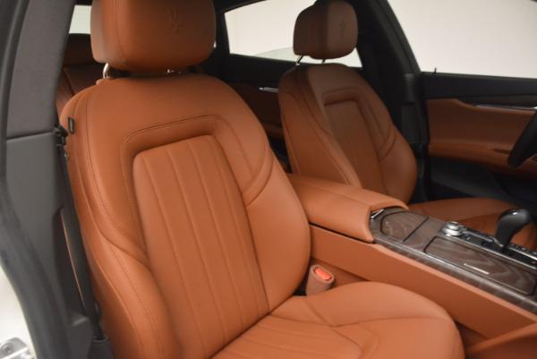 Used 2017 Maserati Quattroporte SQ4 for sale $53,900 at Aston Martin of Greenwich in Greenwich CT 06830 24