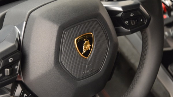 Used 2016 Lamborghini Huracan LP 580-2 for sale Sold at Aston Martin of Greenwich in Greenwich CT 06830 24
