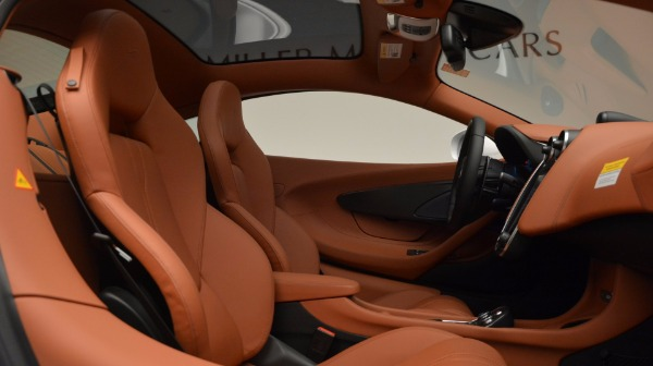 Used 2017 McLaren 570GT for sale Sold at Aston Martin of Greenwich in Greenwich CT 06830 20