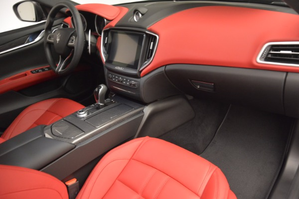 Used 2017 Maserati Ghibli S Q4 for sale Sold at Aston Martin of Greenwich in Greenwich CT 06830 15