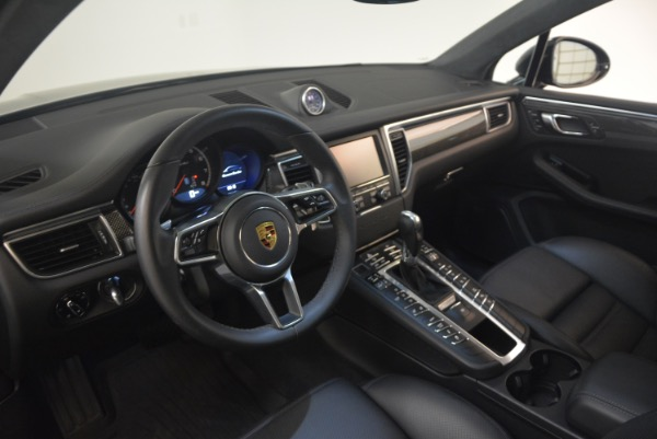 Used 2016 Porsche Macan Turbo for sale Sold at Aston Martin of Greenwich in Greenwich CT 06830 17