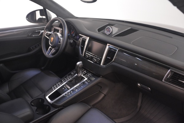 Used 2016 Porsche Macan Turbo for sale Sold at Aston Martin of Greenwich in Greenwich CT 06830 21