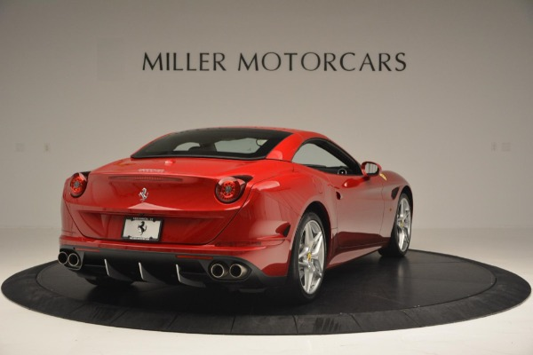 Used 2015 Ferrari California T for sale Sold at Aston Martin of Greenwich in Greenwich CT 06830 19