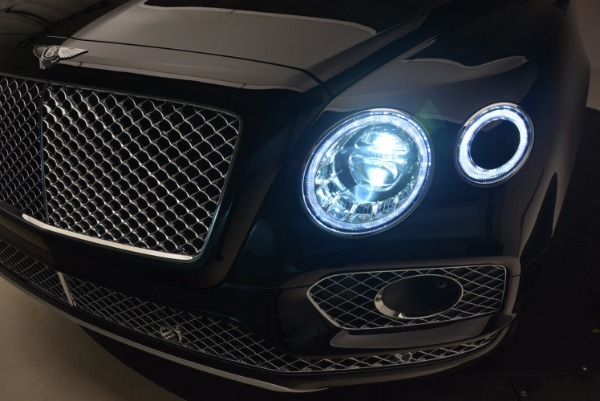 New 2018 Bentley Bentayga Activity Edition-Now with seating for 7!!! for sale Sold at Aston Martin of Greenwich in Greenwich CT 06830 19