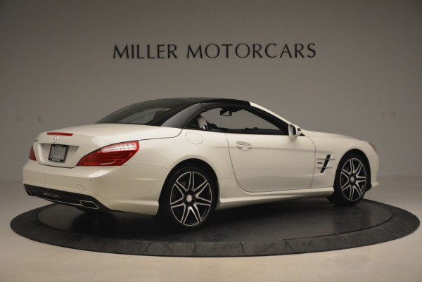 Used 2015 Mercedes Benz SL-Class SL 550 for sale Sold at Aston Martin of Greenwich in Greenwich CT 06830 22
