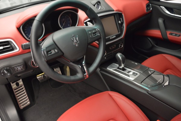 Used 2015 Maserati Ghibli S Q4 for sale Sold at Aston Martin of Greenwich in Greenwich CT 06830 13